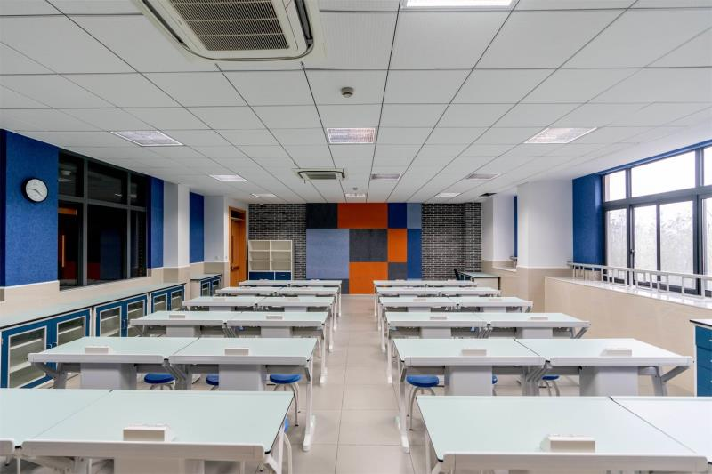 Physics foundation classroom